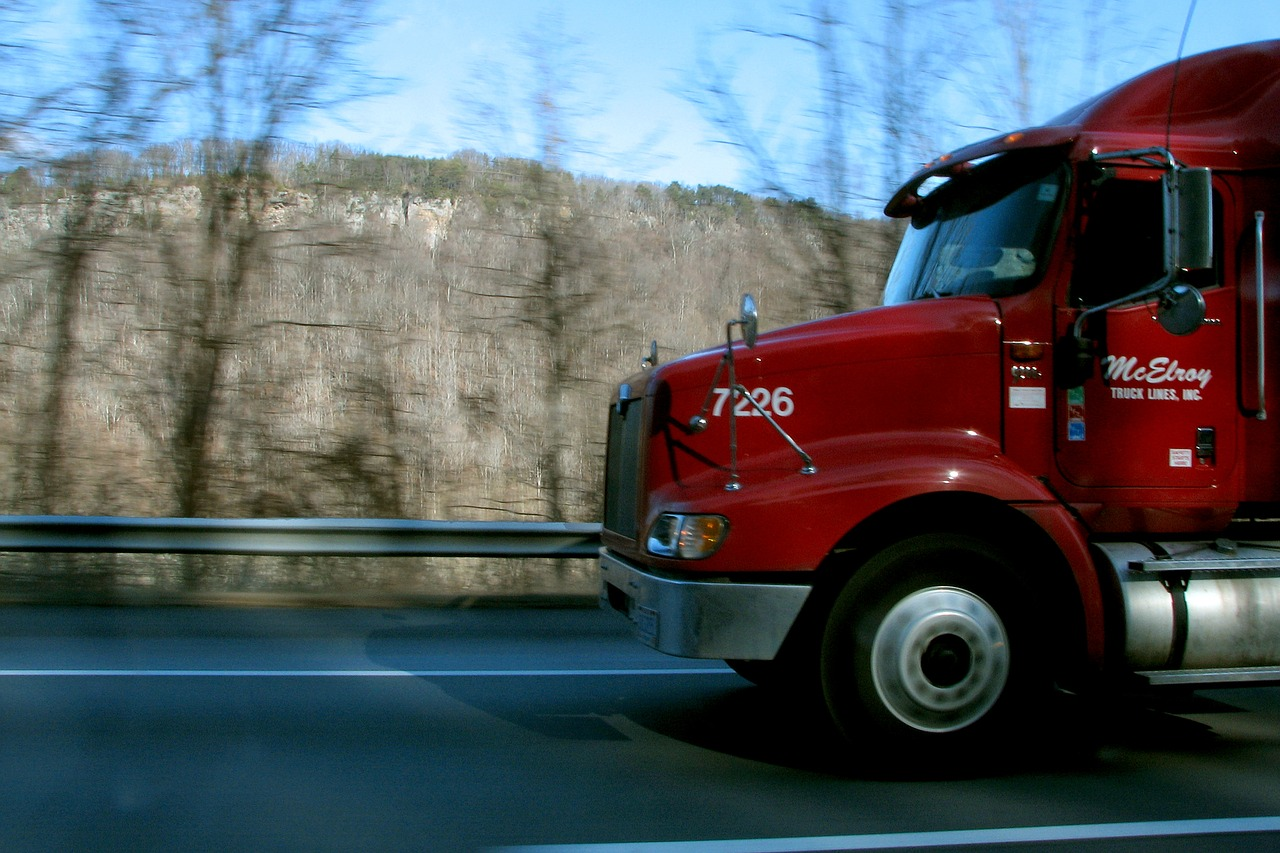 2016 Red Semi Truck With Automatic Slack Adjuster
